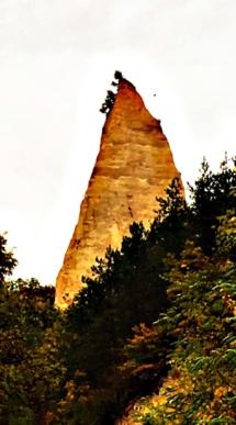 melnik-pyramids3