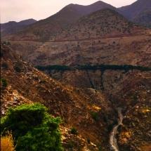 path-throug-the-mountains