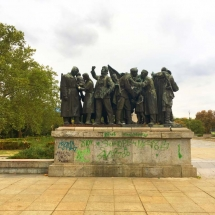 socialist-statue