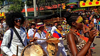 Barranquilla Cumbia musicians and dancers