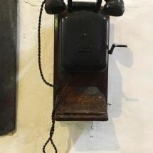 La Victoria Crank Phone