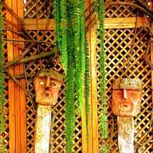 Huaca Pucllana restaurant figures